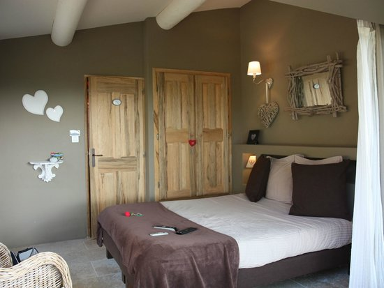 Une Sieste en Luberon : The Romantic Room