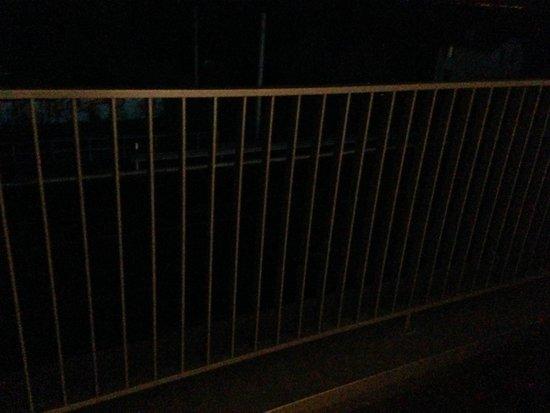 Clarion Collection Hotel Lavaux: balcón de noche