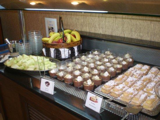 Atrium Hotel Thassos: breakfast detail
