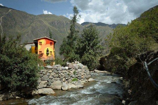Mama Simona Hostel Ollantaytambo: Vista del rio
