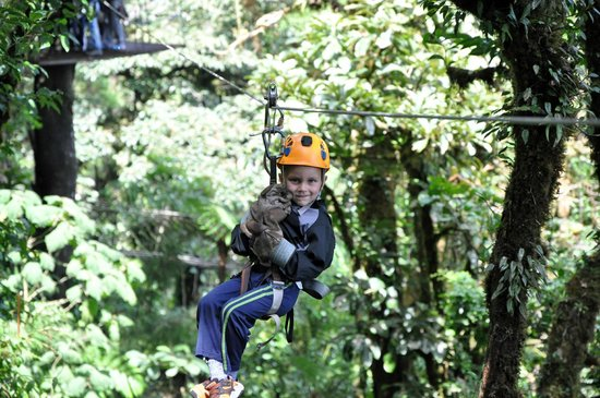 Parque Selvatura: Our 5 year old having a blast