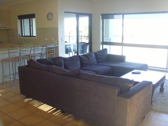 Culgoa Point Beach Resort: lounge