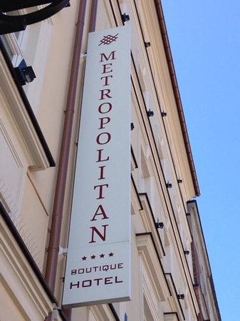 Metropolitan Boutique Hotel : front sign