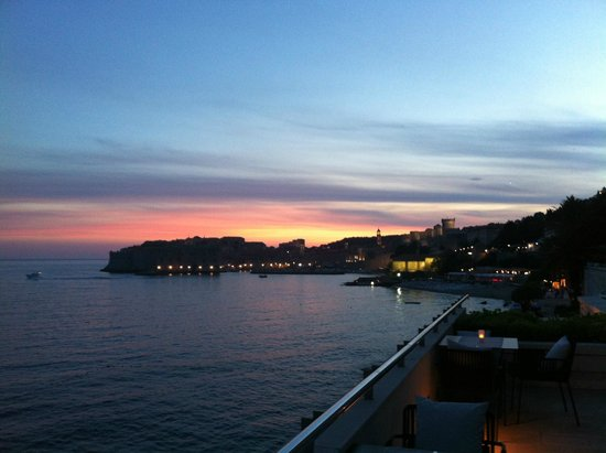 Hotel Excelsior Dubrovnik: View from the bar