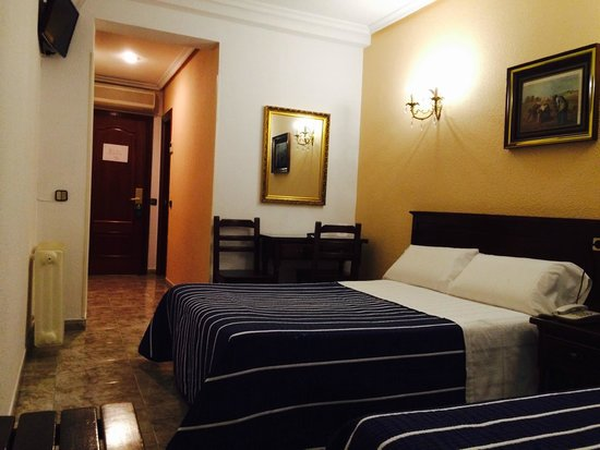 hostal sonsoles 49 1 1 8 updated 2019 prices hostel rh tripadvisor com
