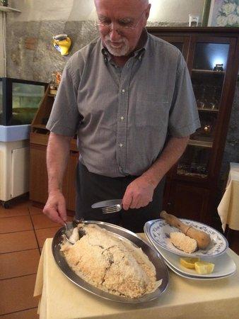 Carnival : Loup sauvage en croûte de sel ! Excellente cuisson.