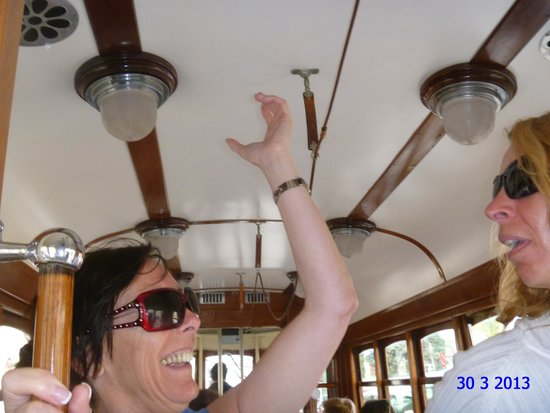Ferrocarril de Soller : dont pull the emergency cord like my sister