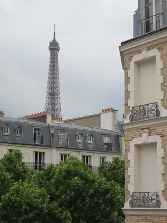 Hotel Relais Bosquet Paris : View from room.
