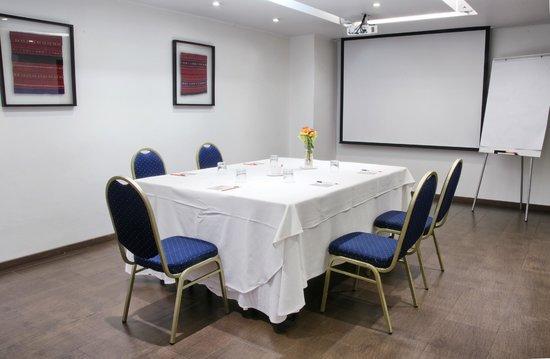 Rugendas : Salones  Reuniones