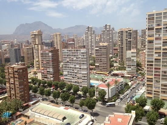 Apartamentos Les Dunes Suites : view over balcony