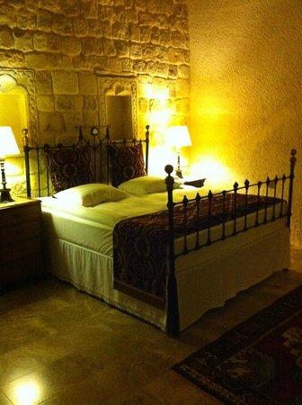 Yunak Evleri: our room