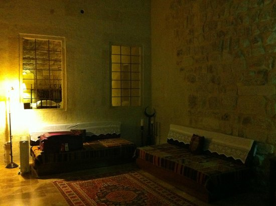 Yunak Evleri: The living room in our room