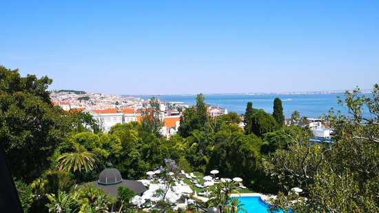 Olissippo Lapa Palace : View from the room