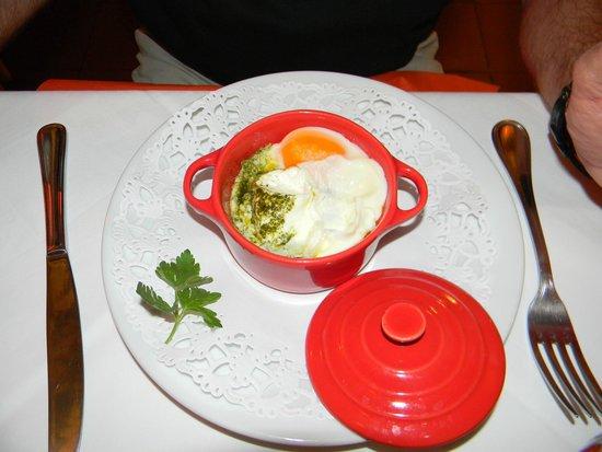 Le Petit Prince: Vorspeise - Gemüse mit Ei im Cocotte - grossartig