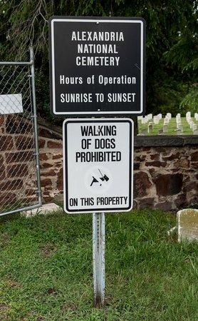 Alexandria National Cemetery: Entrance sign