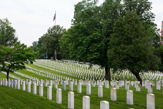 ‪Alexandria National Cemetery‬