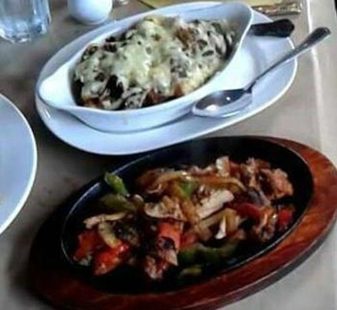 The Hungry Mexican: fajitas and chilli fries