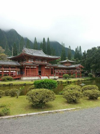 Byodo-In Temple : The view of the temple as you arrive
