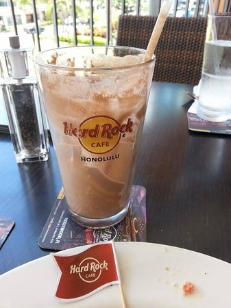 Hard Rock Cafe : A very good Milkshake, and you can keep the Glass!!