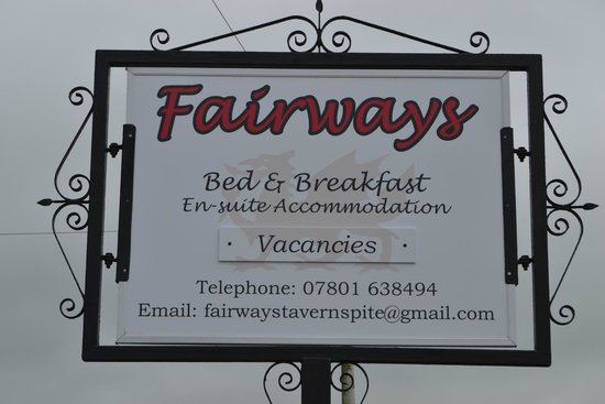 Fairways Bed & Breakfast: Fairways Roadside Sign