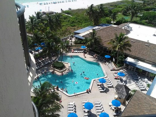 Hilton Marco Island Beach Resort--CLOSED FOR RENOVATIONS; REOPENING DEC. 1, 2017: The pool.