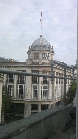 MStay Hyde Park Hotel : Whiteleys fotograferet fra mit vindue