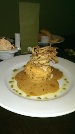 The Connaught Inn : The Connaught Chicken Stack