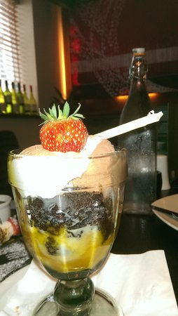 The Connaught Inn: Dessert