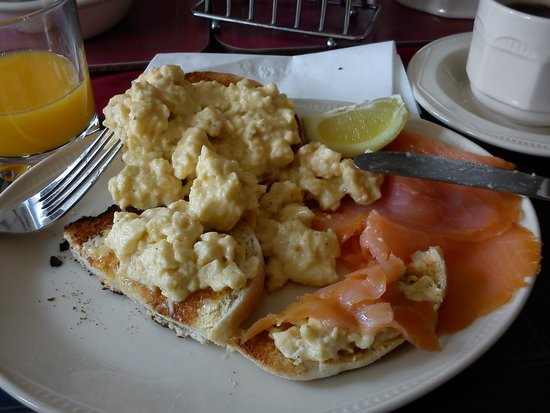 Valley Views B&B: colazione - scrambled eggs