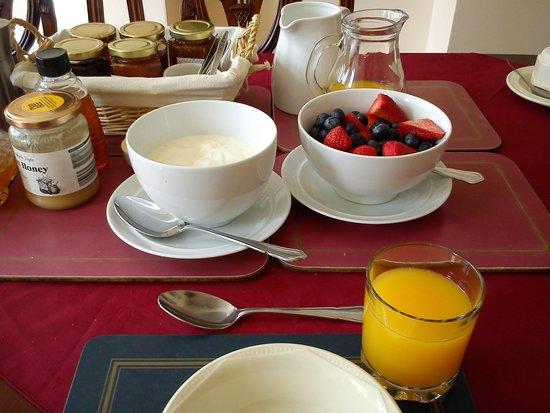 Valley Views B&B: colazione