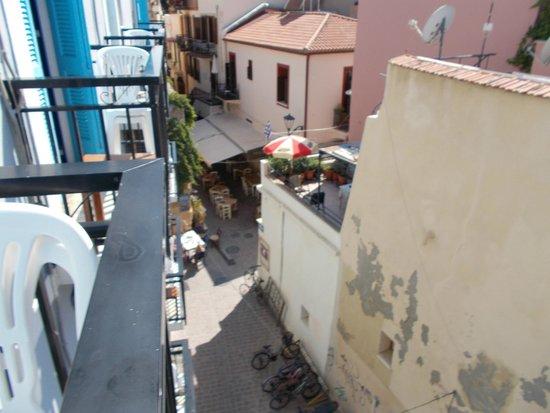 Loukia Hotel: Nice alleyway view