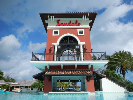 Sandals Grande Antigua Resort & Spa: You got to get your picture taking on the Sandals tower