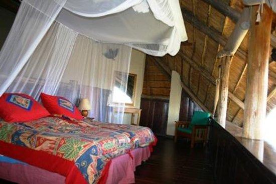 Lokuthula Lodges: Main front bedroom facing Zambezi river