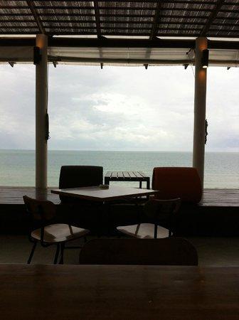 Baan Talay Resort : The restaurant