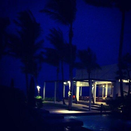 Baan Talay Resort: By night