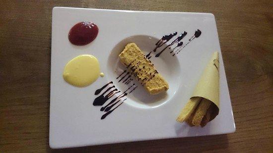 Al Mandracchio : COTOLETTA, PATATINE FRITTE, KETCHUP E MAIONESE. [Dessert]