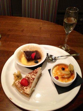 The White Hart Hotel: Sharing dessert
