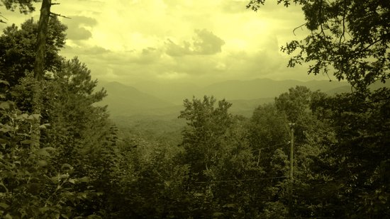 Timberwinds Log Cabins: Mountain view from our deck