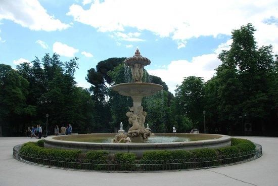 Fuente de la Alcachofa Madrid