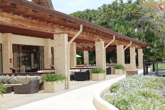 Dreams La Romana Resort & Spa : dining