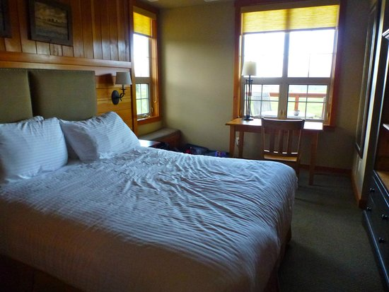 Predator Ridge Resort: The bedroom in our suite