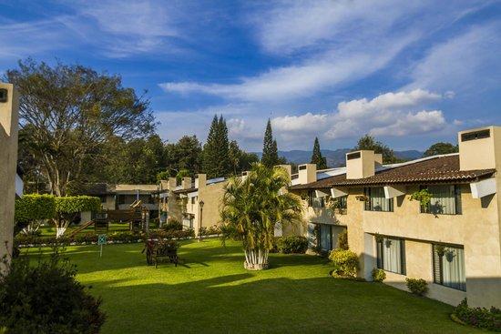 Soleil La Antigua: Jardines y áreas verdes