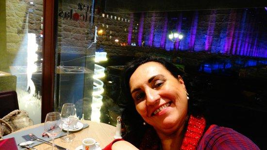 Chez Nicolas : Vista da linda Madeleine com iluminação