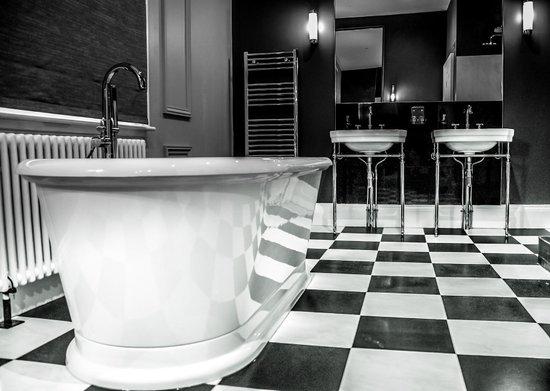 The Edgbaston: Suite