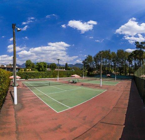Soleil La Antigua: Canchas de tenis