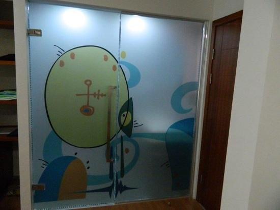 Isil Club Bodrum : room bathroom door