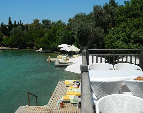 Isil Club Bodrum : beach area