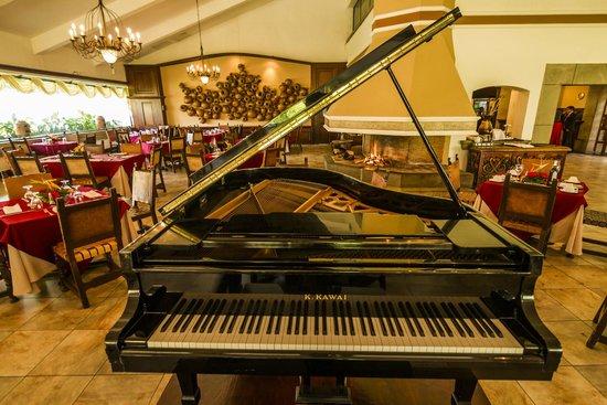 Soleil La Antigua: Restaurante Las Chimeneas