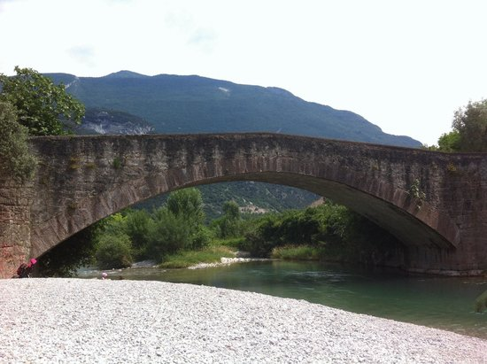 ‪Dro Roman Bridge‬