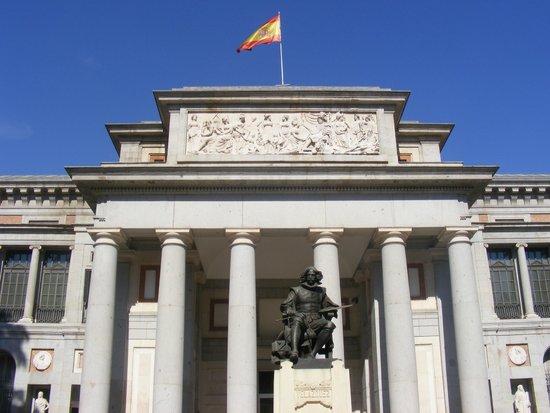 Prado National Museum: Frente do Museu del Prado